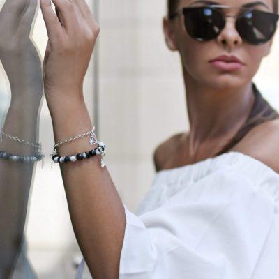 Biżuteria w stylizacji Agnieszki - zestaw bransoletek SHINE BRIGHTLY, GOOD LUCK