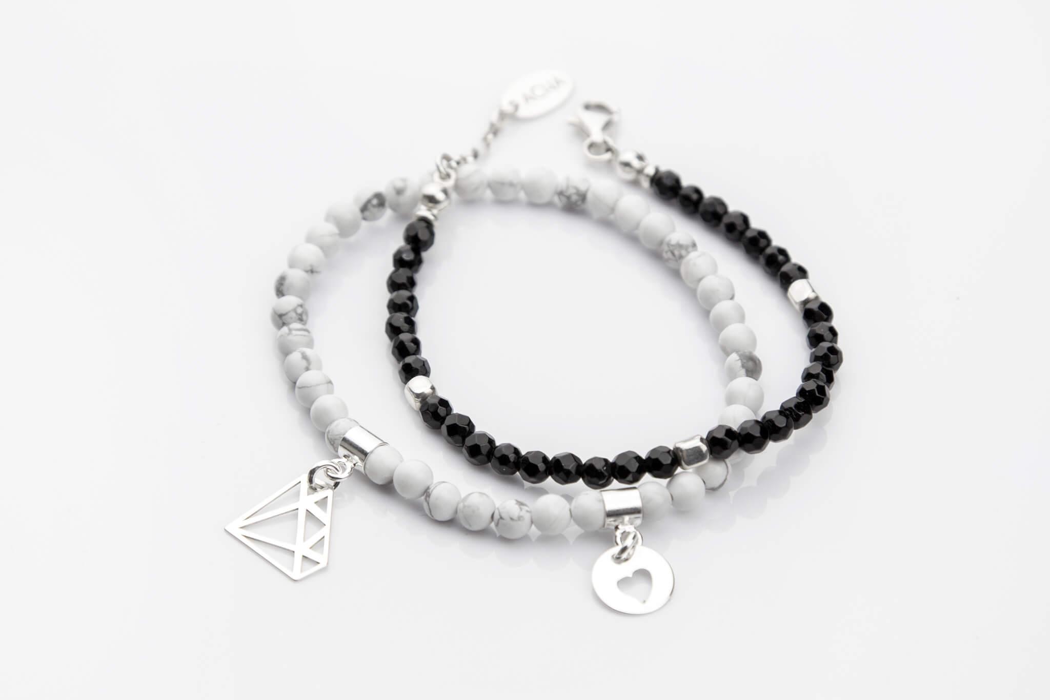 3a0f520739cce0 Nowoczesna biżuteria srebrna z kamieniami – ACHA Studio Biżuterii