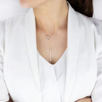 naszyjnik srebrny nowoczesny