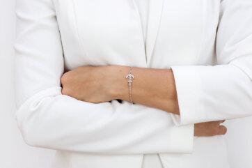 srebrna bransoletka z kotwicą